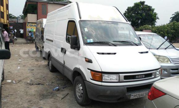 Acheter Utilitaire Iveco Daily Blanc en Bandalungwa