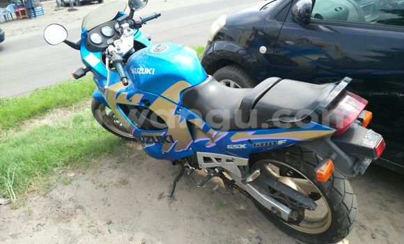 Acheter Voiture Suzuki Grand Vitara Bleu à Ngaliema en Kinshasa