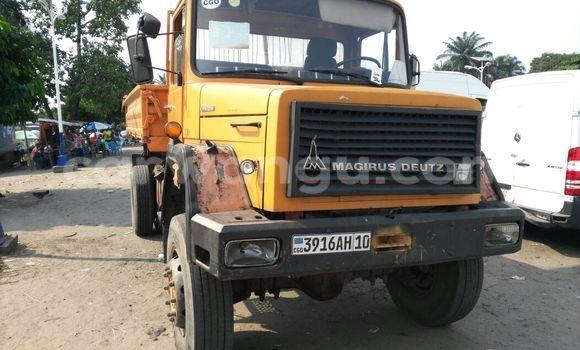 Acheter Utilitaire Iveco Cargo Autre en Kalamu