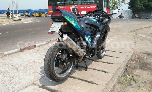 Acheter Moto Honda CBR 1000 RR Noir à Kalamu en Kinshasa