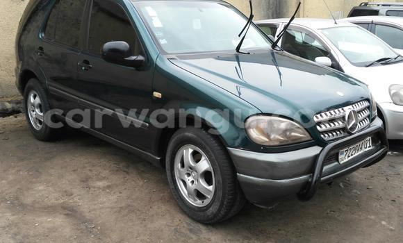 Buy Mercedes Benz ML-Class Green Car in Bandalungwa in Kinshasa
