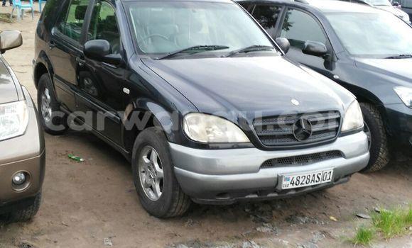 Buy Mercedes Benz ML-Class Black Car in Limete in Kinshasa