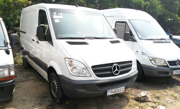 Acheter Voiture Mercedes Benz Sprinter Blanc à Bandalungwa en Kinshasa