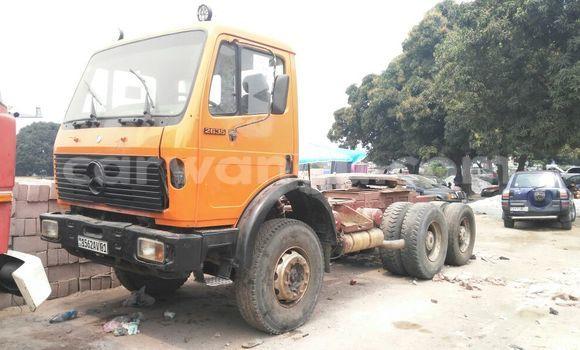 Acheter Voiture Mercedes Benz 4038 Autre à Kalamu en Kinshasa