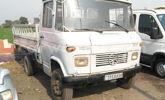 Acheter Voiture Mercedes Benz 600 Blanc à Kalamu en Kinshasa