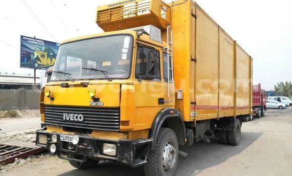 Acheter Utilitaire Iveco Cargo Autre en Limete