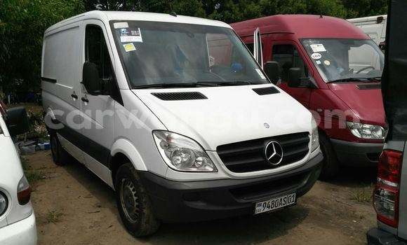 Buy Mercedes Benz Sprinter White Car in Kalamu in Kinshasa