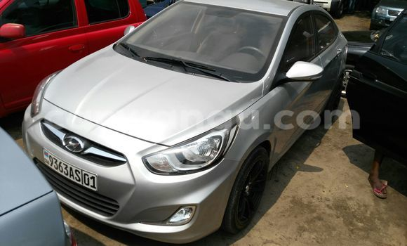Acheter Voiture Hyundai Accent Gris à Kalamu en Kinshasa
