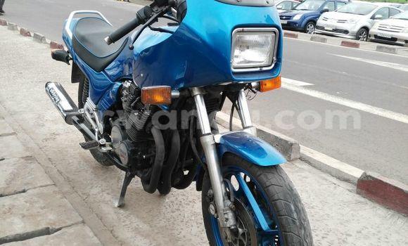 Acheter Moto Yamaha FJ 1200 Bleu en Kalamu
