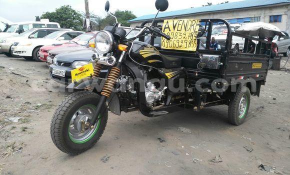 Acheter Moto Kawasaki 150-ZH Noir en Ngaliema