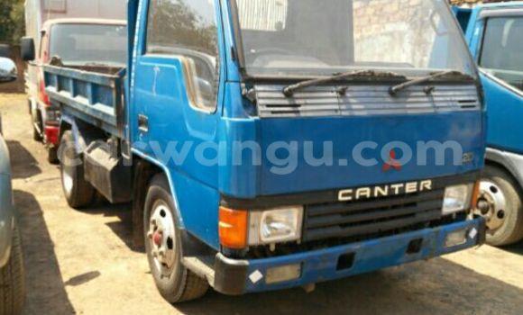 Acheter Voiture Mitsubishi Canter Fuso Bleu en Lubumbashi