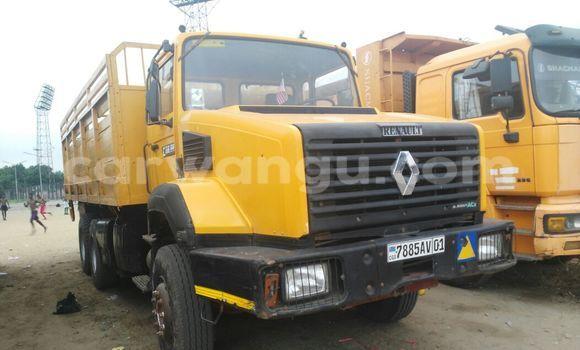 Acheter Utilitaire Renault CBH 320 Autre à Kalamu en Kinshasa