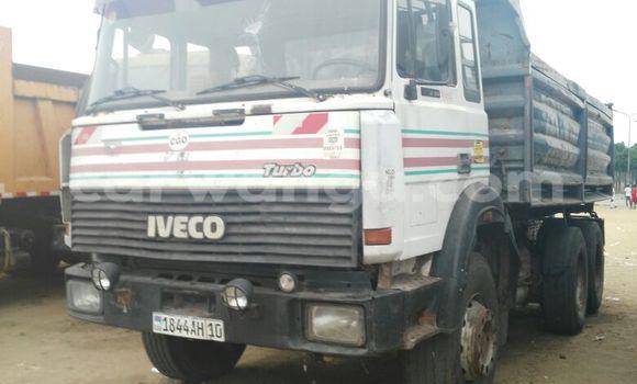 Acheter Utilitaire Iveco 260-34 Blanc en Kalamu
