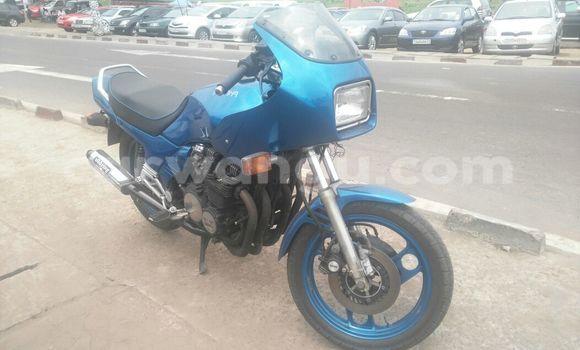 Acheter Moto Yamaha Yics Bleu en Kalamu