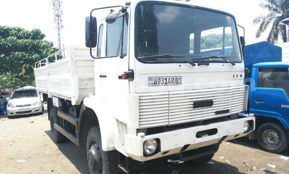 Acheter Utilitaire Iveco 110-17 Blanc en Kalamu