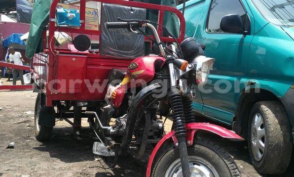 Acheter Moto Cazal CZ150-T1 Rouge en Bandalungwa