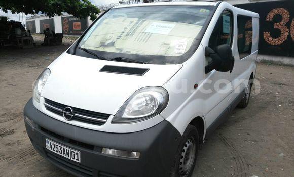 Acheter Voiture Opel Vivaro Blanc en Gombe