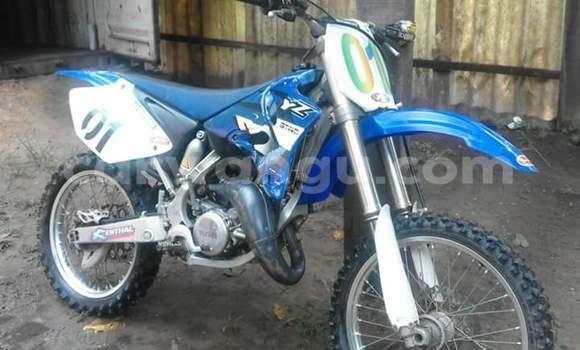 Acheter Moto Yamaha YZ125 Bleu à Gombe en Kinshasa