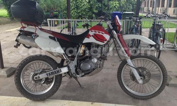 Acheter Moto Yamaha TZR Rouge à Limete en Kinshasa