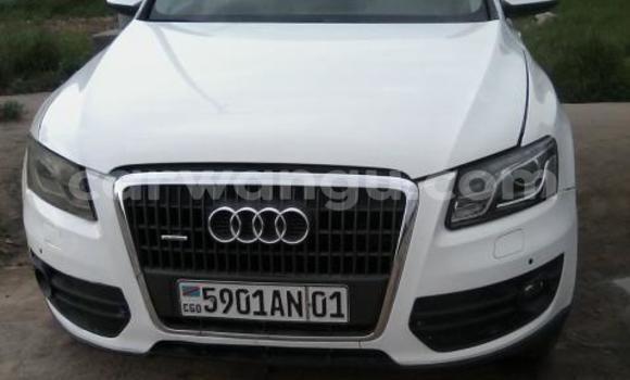Acheter Voiture Audi Q5 Blanc à Bandalungwa en Kinshasa