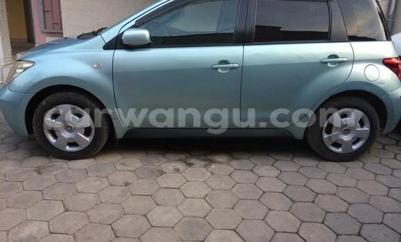 Acheter Voiture Toyota IST Bleu à Ngaliema en Kinshasa
