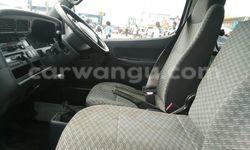 Acheter Voiture Toyota Hiace Blanc en Kasa Vubu - CarWangu