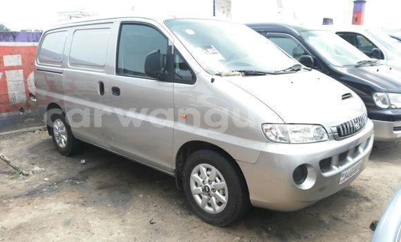 Acheter Utilitaire Hyundai H200 Gris à Kalamu en Kinshasa
