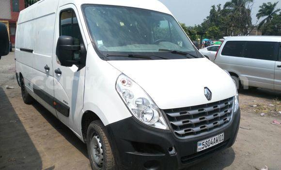Acheter Voiture Renault Master Blanc à Kasa Vubu en Kinshasa