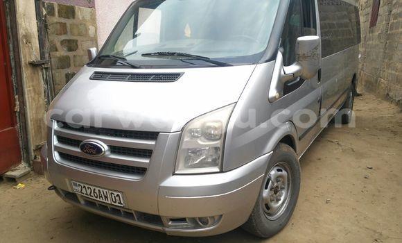 Acheter Voiture Ford Transit Gris en Lemba