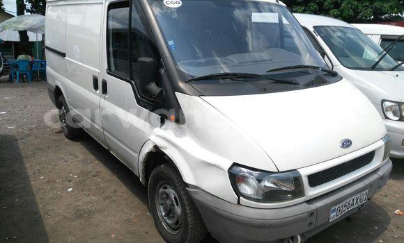 Acheter Voiture Ford Transit Blanc en Kalamu
