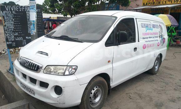 Acheter Utilitaire Hyundai H100 Blanc à Ndjili en Kinshasa