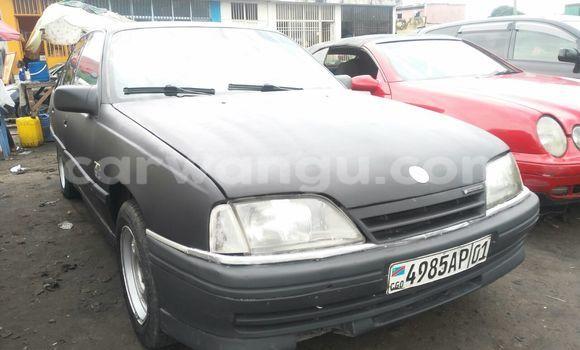 Acheter Voiture Opel Omega Noir en Bandalungwa