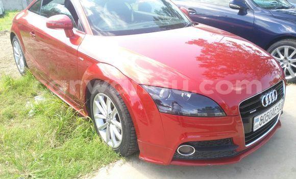 Acheter Voiture Audi TT Rouge à Ngaliema en Kinshasa