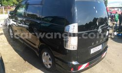 Acheter Voiture Toyota Voxy Noir en Ngaliema - CarWangu