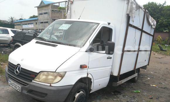 Acheter Voiture Mercedes Benz Sprinter Blanc à Ngaliema en Kinshasa