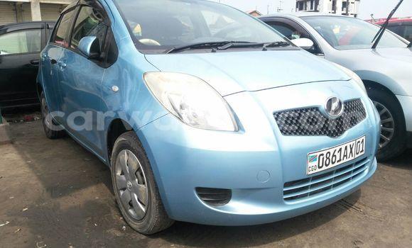 Acheter Voiture Toyota Vitz Bleu en Kinshasa