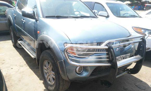 Acheter Voiture Mitsubishi L200 Bleu en Kalamu