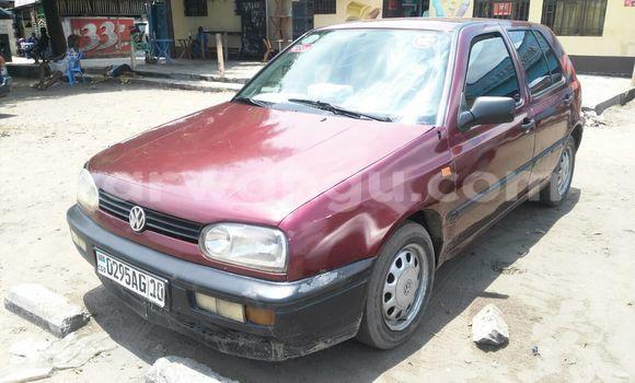 Acheter Voiture Volkswagen Golf Rouge à Ndjili en Kinshasa