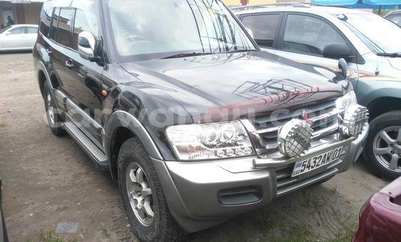 Acheter Voiture Mitsubishi Pajero Noir en Kasa Vubu
