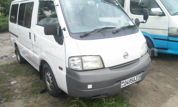 Acheter Voiture Nissan Vanette Blanc en Limete