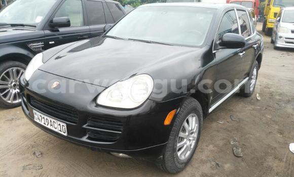 Acheter Voiture Porsche Cayenne Noir en Kalamu