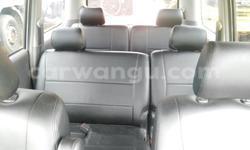 Acheter Voiture Toyota Noah Gris en Kalamu - CarWangu