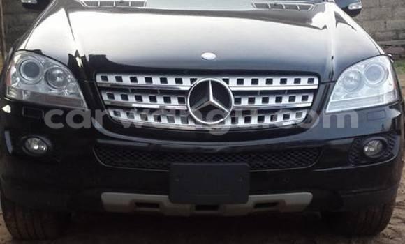 Acheter Voiture Mercedes Benz ML-Class Noir en Bandalungwa