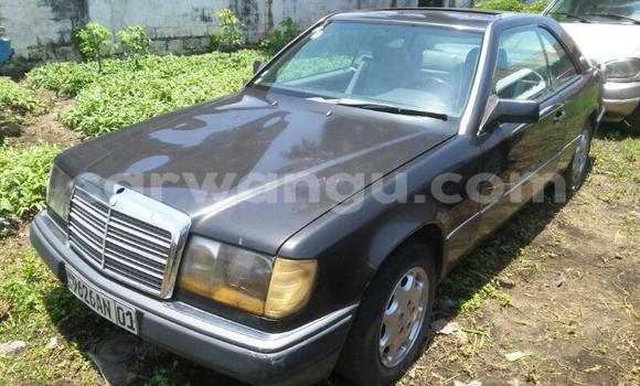 Acheter Voiture Mercedes Benz 300-Series Noir en Limete