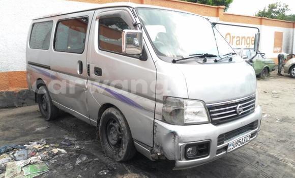 Acheter Voiture Nissan Caravan Gris en Bandalungwa
