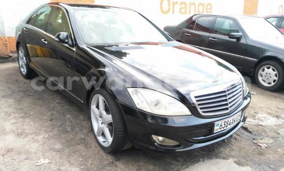 Acheter Voiture Mercedes Benz CLK-Class Noir en Bandalungwa