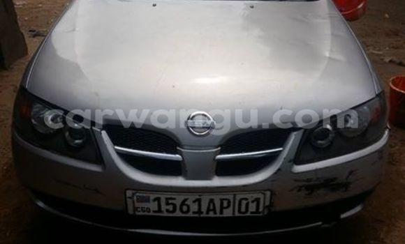 Acheter Voiture Nissan Almera Gris en Bandalungwa