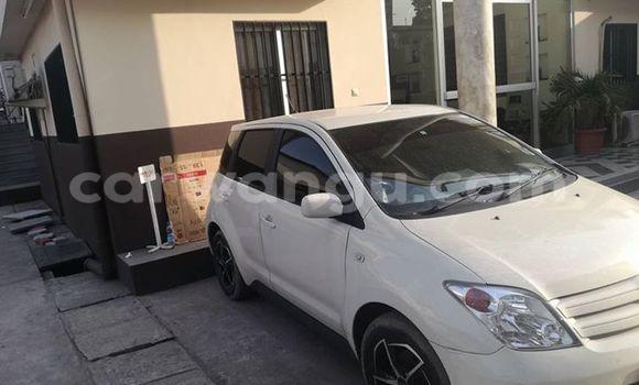Acheter Voiture Toyota IST Blanc en Bandalungwa