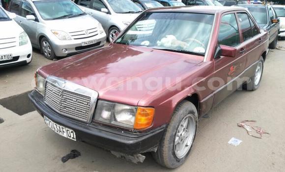 Acheter Voiture Mercedes Benz 190 E Rouge en Ndjili