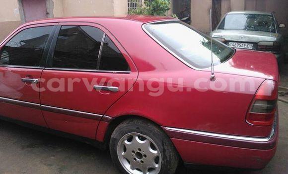Acheter Voiture Mercedes Benz C-Class Rouge en Bandalungwa